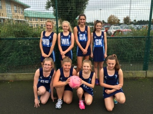 year 8 netball girls